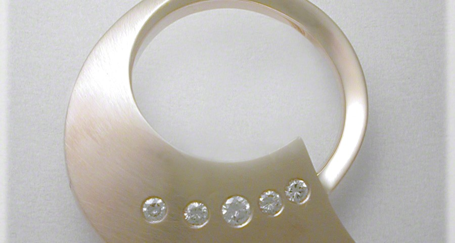 Circle Pin With Five Diamonds
