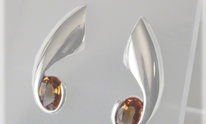 Comet Tail Earrings With Golden Sapphire Ovals