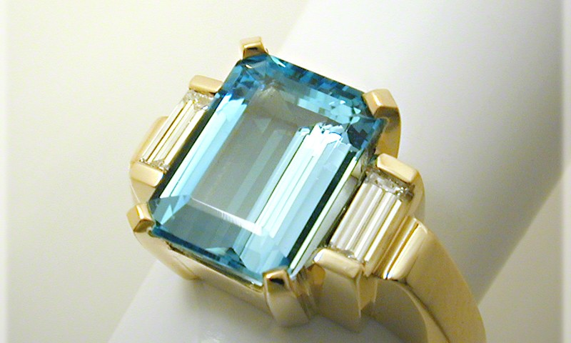 Neoclassic Aquamarine and Diamond Ring